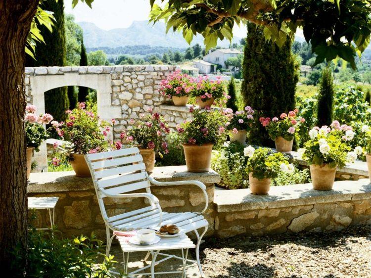 Gartengestaltung Mediterran Toskana Halbhohe Mauer Naturstein Pflanzen Exotisch Gartendesign Ideen Gartengestaltung Mediterrane Gartengestaltung