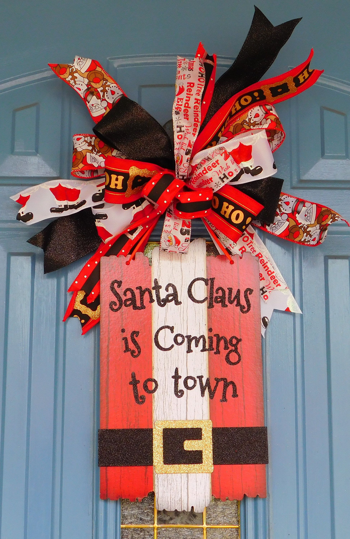 Santa Claus Is Coming To Town Christmas Door Hanger, Santa