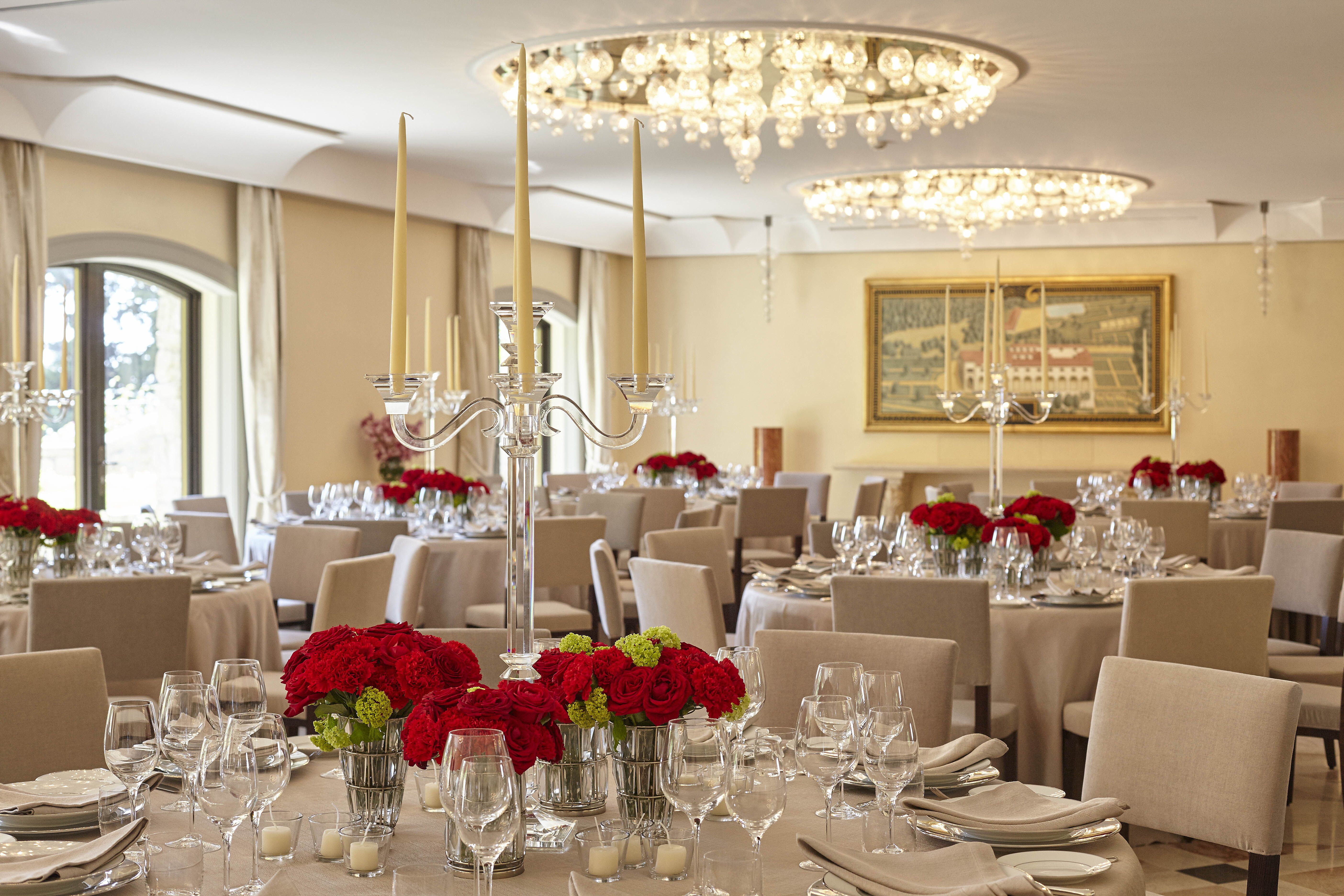 A beautiful banquet in our new Davanzati Room, with an outdoor garden area overlooking Florence and the Duomo