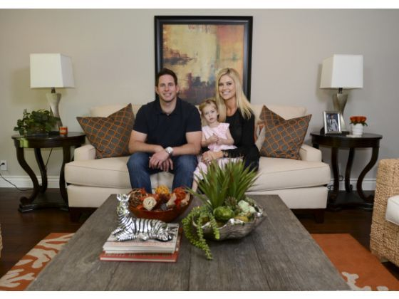 Local couple star in hgtv reality show on flipping houses for Flip flop real estate show