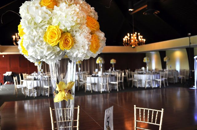 Yellow and White Crystal Vase Centrepiece  www.tradesensation.com