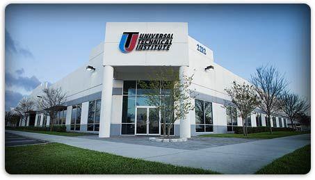 Uti Automotive Technical Training Auto Tech Classes Mechanic School Auto Mechanic School Automotive Technician