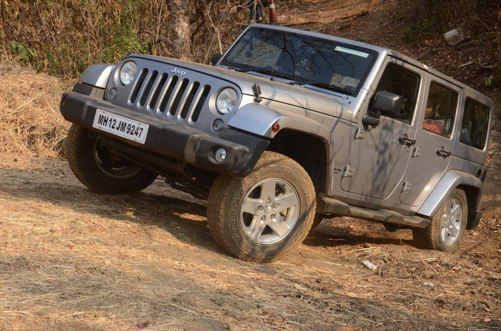 Jeep Wrangler Unlimited Petrol Launched At Inr 56 Lakh Jeep