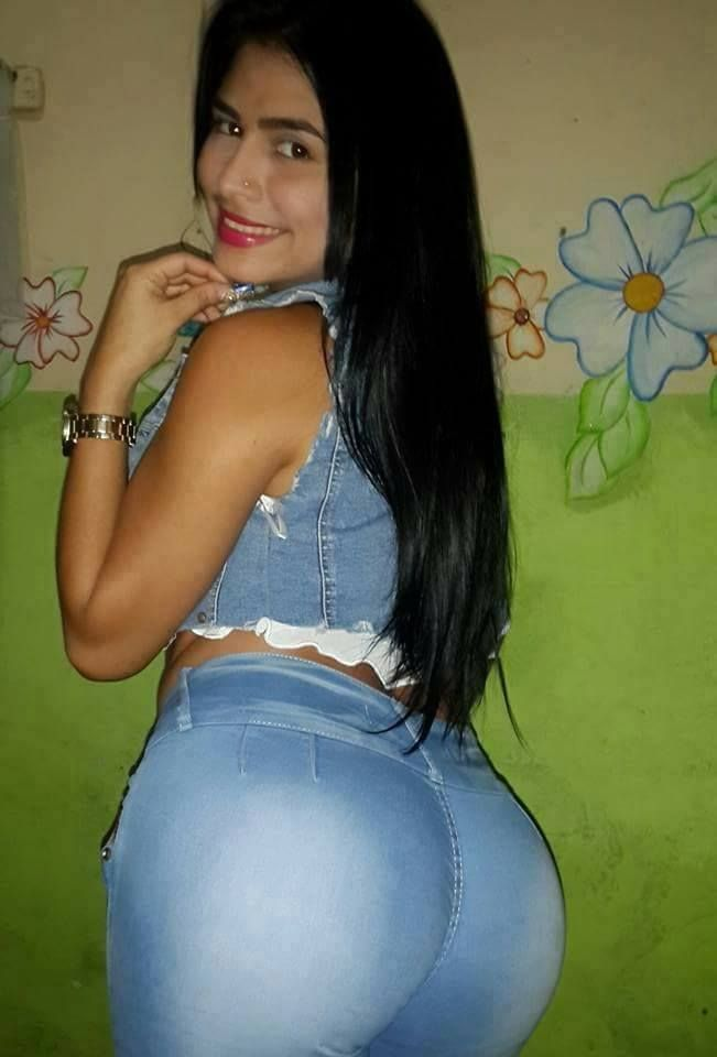 Amiga nalgona de facebook - 3 part 3