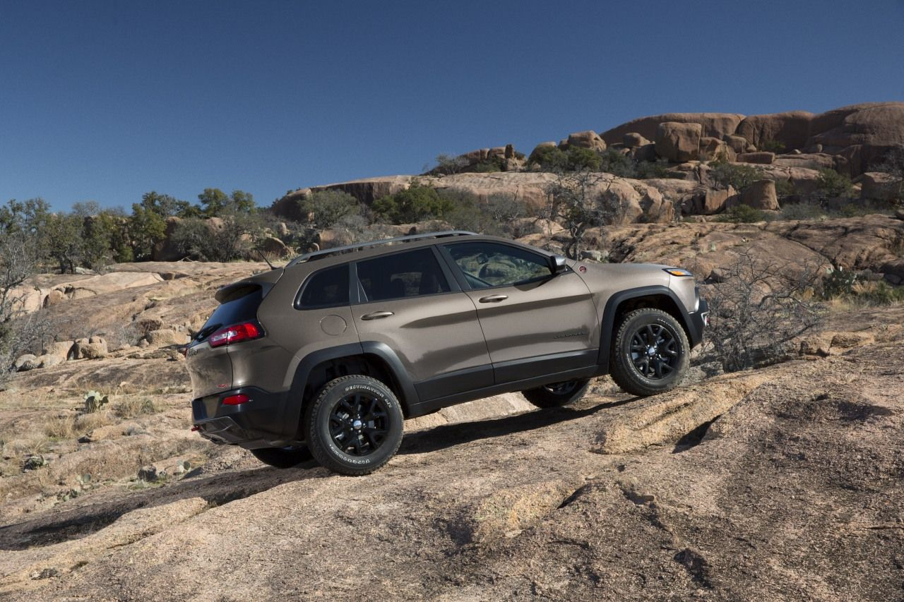 2015 Jeep Cherokee Trailhawk (With images) Jeep cherokee