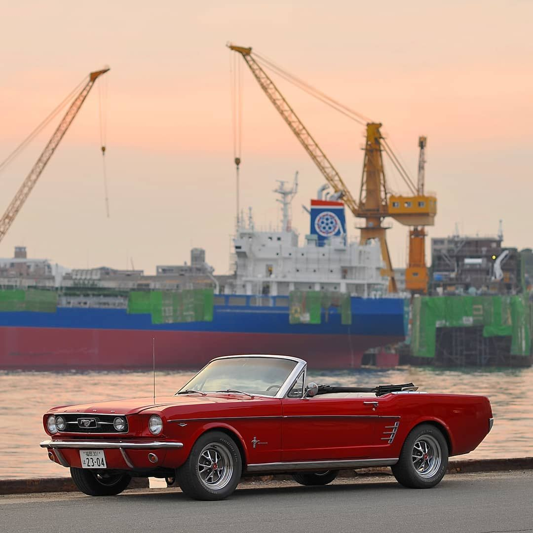 Beautiful Sunset Time In Japan Vintage American Car Masterpiece Ford Mustang Convertible I Ford Mustang Convertible Mustang Convertible Ford Mustang