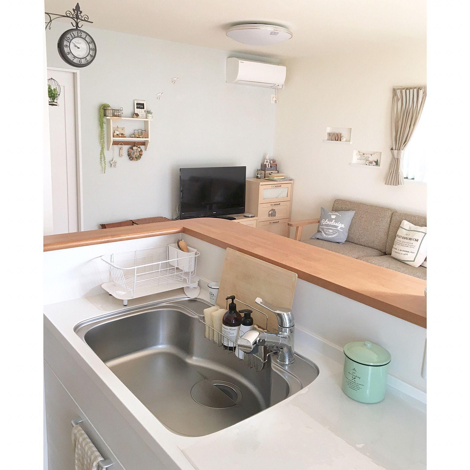 キッチン 対面キッチン 両面時計 目隠し 木のまな板 などの