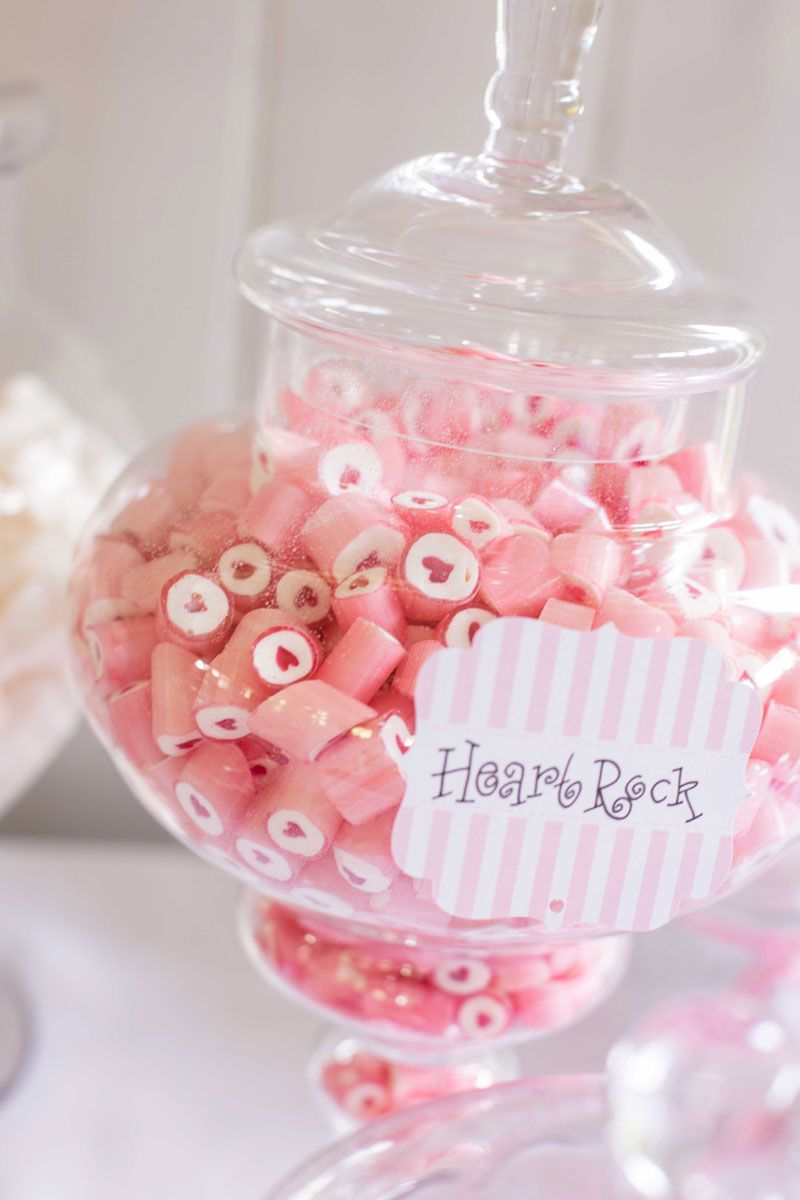 SWEETS FO MY SWEET! How gorgeous is this heart candy! Wedding hire ...