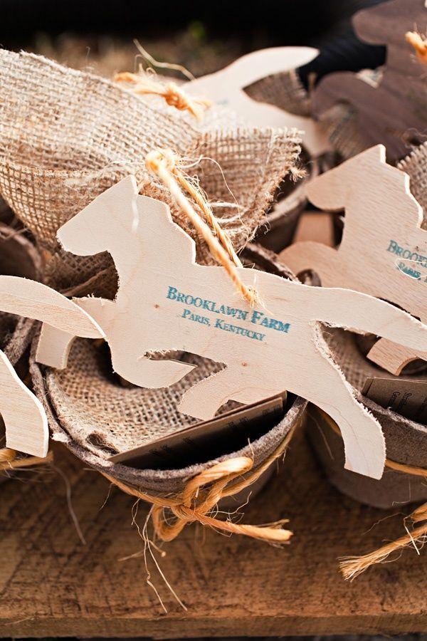 Hochzeitsidee 2014 : Romantische Pferd Themen Hochzeit   Hochzeit,  Einladungsentwurf