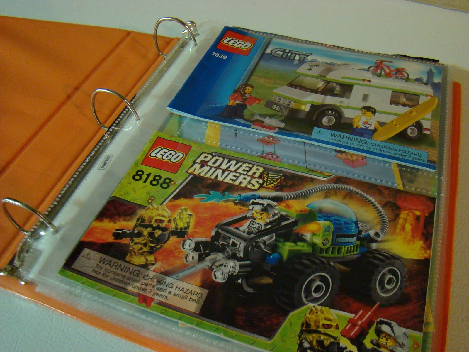 Lego Instruction Handbook--perfect! been trying to think of a way to store all his instruction books. this is so simple! canu0027t believe i didnu0027t think of it ... & Lego Instruction Handbook--perfect! been trying to think of a way to ...