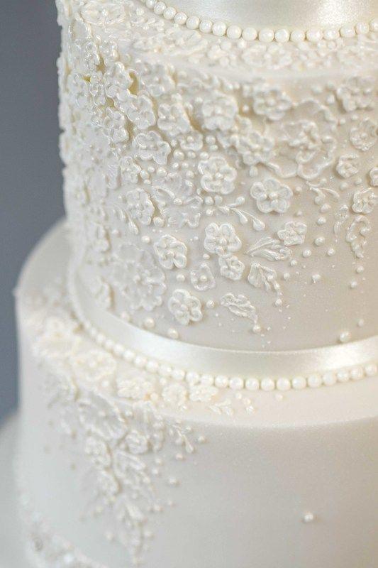 Bespoke Wedding Cakes Offering True Craftsmanship Genuine Luxury And Exceptional Quality Professionally Designed