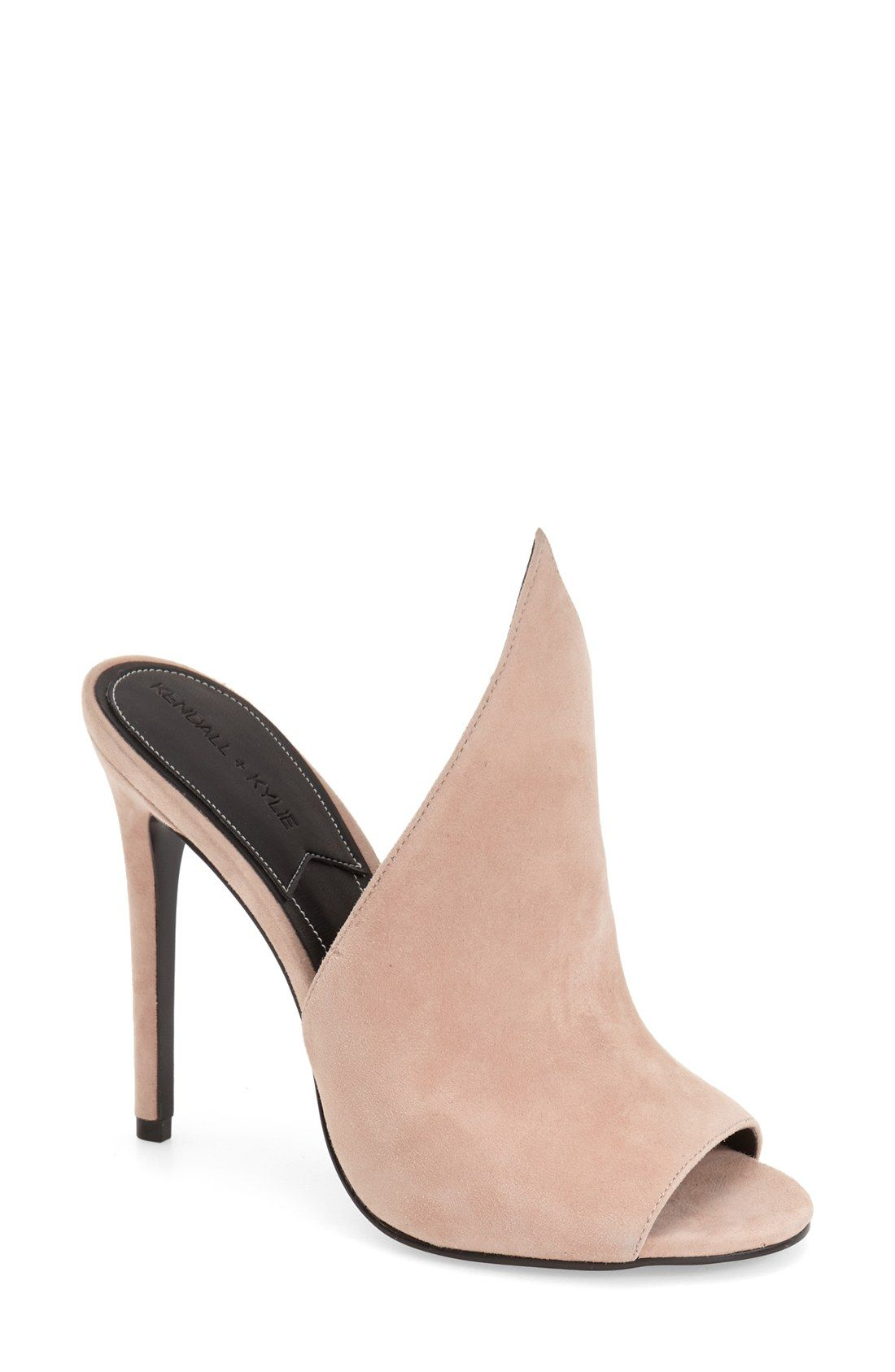 KENDALL KYLIE Soft Leather Pump Black ID98342