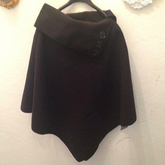 71a093aade Mantella di panno poncho corto tipo lana cotta di Floresche ...