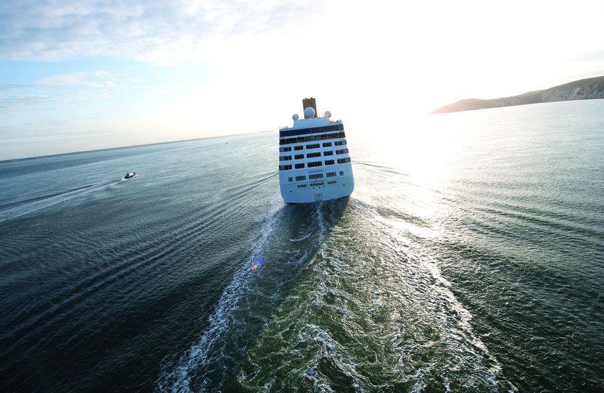 Adonia Sailing Off Into The Distance Cruise Holidays P O Cruises Cruise