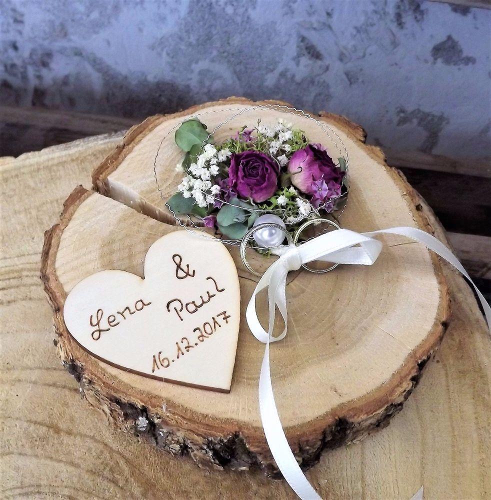 ringkissen ringhalter holzscheibe mille fleurs mit namen zur hochzeit ringkissen aus holz in. Black Bedroom Furniture Sets. Home Design Ideas