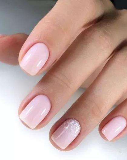 19 Όμορφα σχέδια για κοντά νύχια!