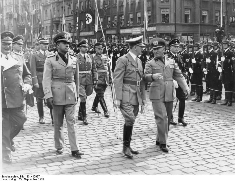 Photo Adolf Hitler And Benito Mussolini At Mnchen Germany For The