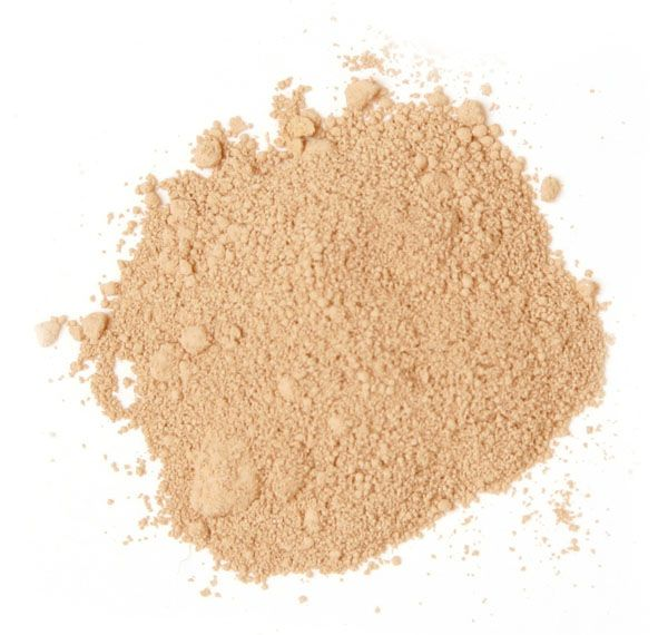 Foundation mistake #1: Using a powder foundation http://beautyeditor.ca/2010/11/22/no-offense-but-youre-probably-making-one-of-these-7-mistakes-with-your-foundation/