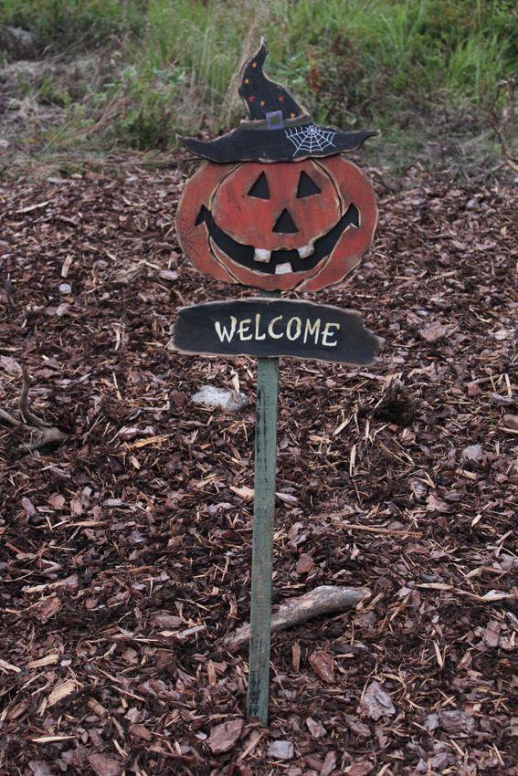 Halloween Velkommenskilt på stake, 108cm. http://www.multitrend.no/Velkommenskilt-pa-stake-108cm-Halloween/cat-p/c1000078/p10500884