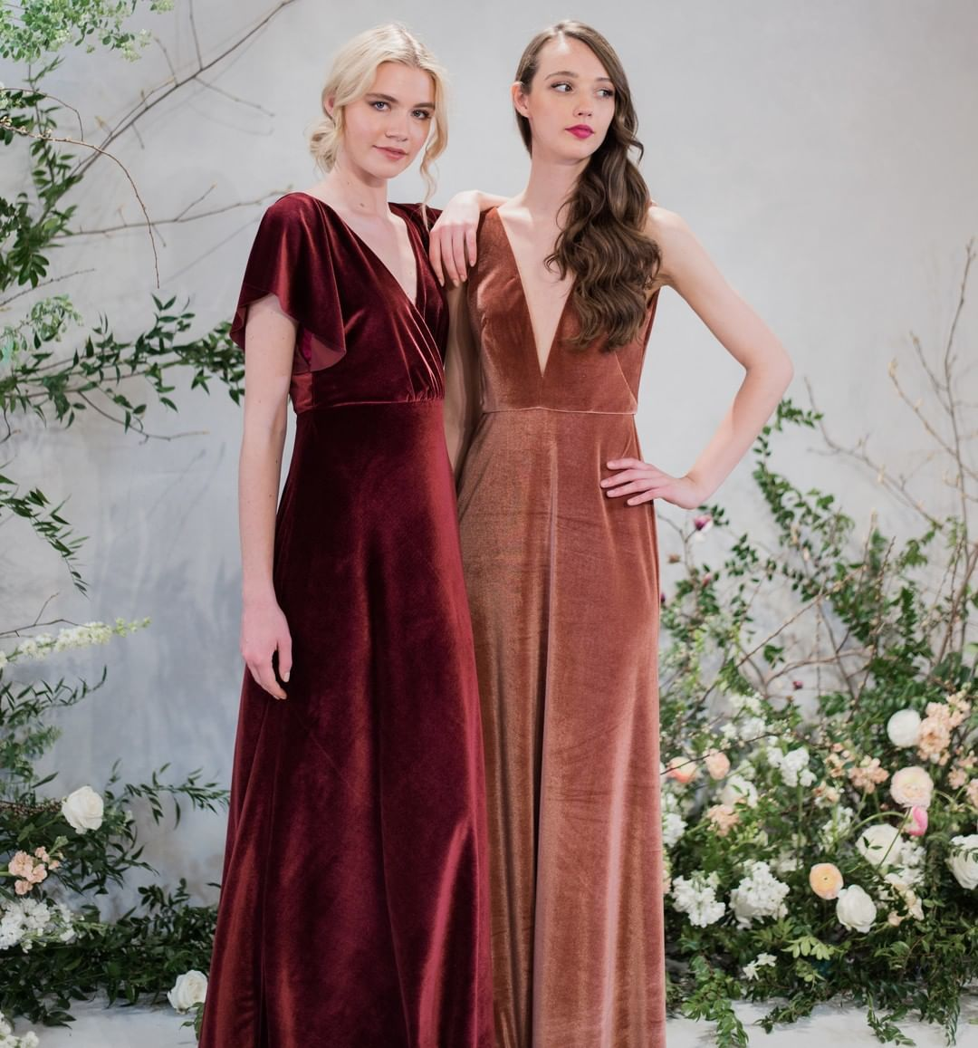 7 Gorgeous bridesmaid dress colours for autumn wedding - burgundy bridesmaid dress, purple bridesmaid dress, copper #bridesmaid #bridesmaiddress