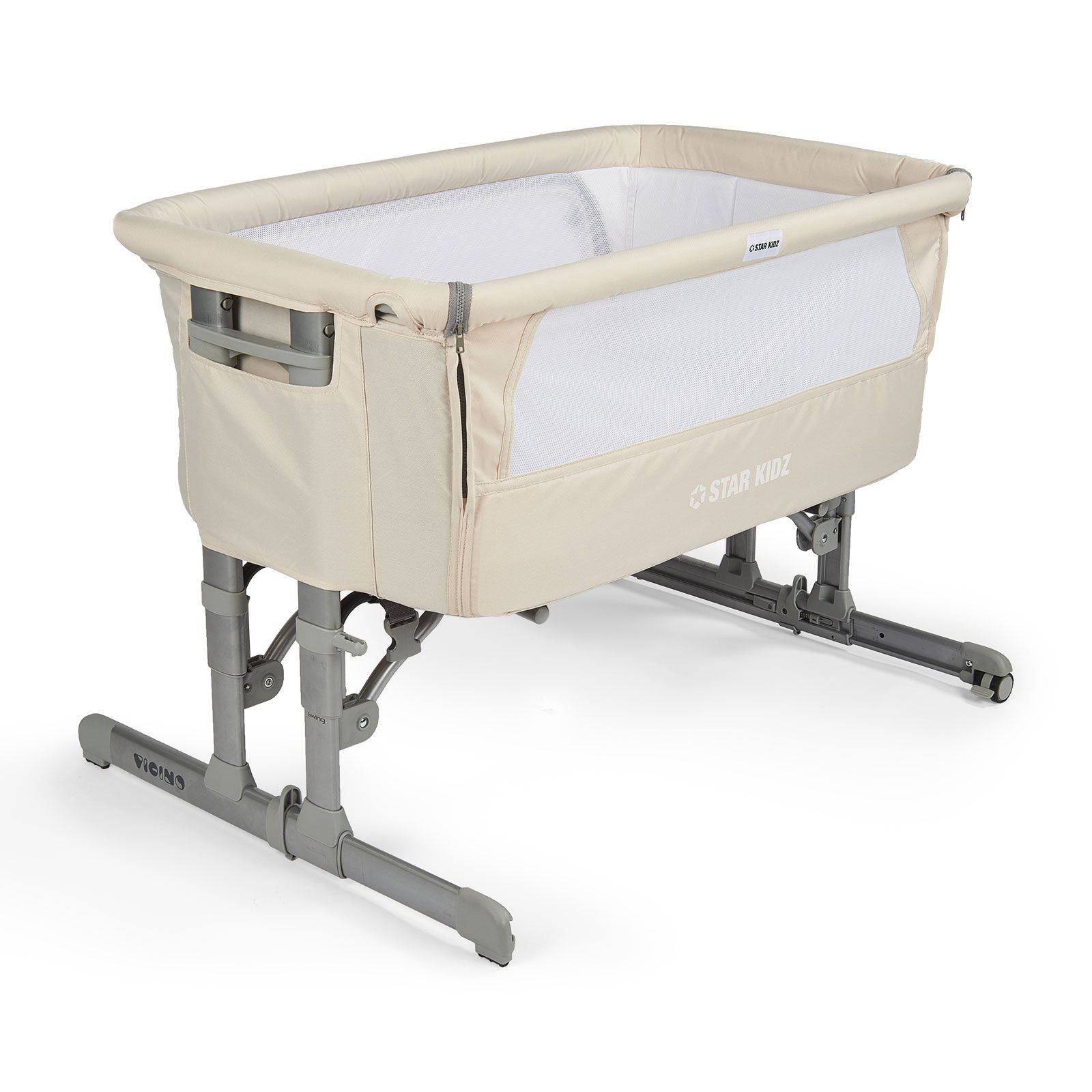 The Infant Rocker Bassinet Is Lightweight And The 2 Swivel Wheels Fitted With Brakes Helps Us To Easily Transport It Re Bassinet Baby Bassinet Bedside Bassinet