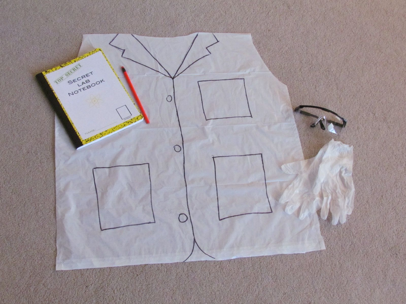 Make a cheap and easy Scientist Kit for each child at a fun Science ...