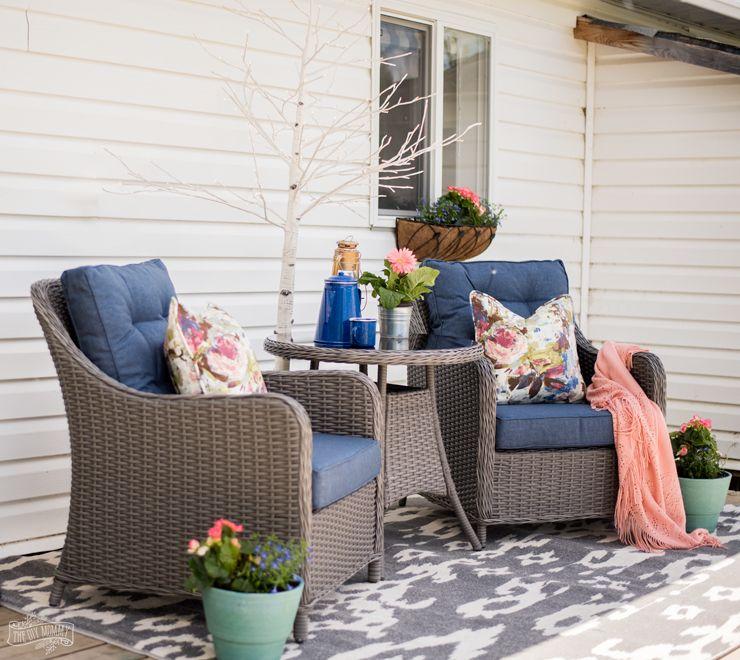 Colourful Studio Deck Makeover The Diy Mommy Outdoor Patio Decor Blue Patio Furniture Blue Patio Decor