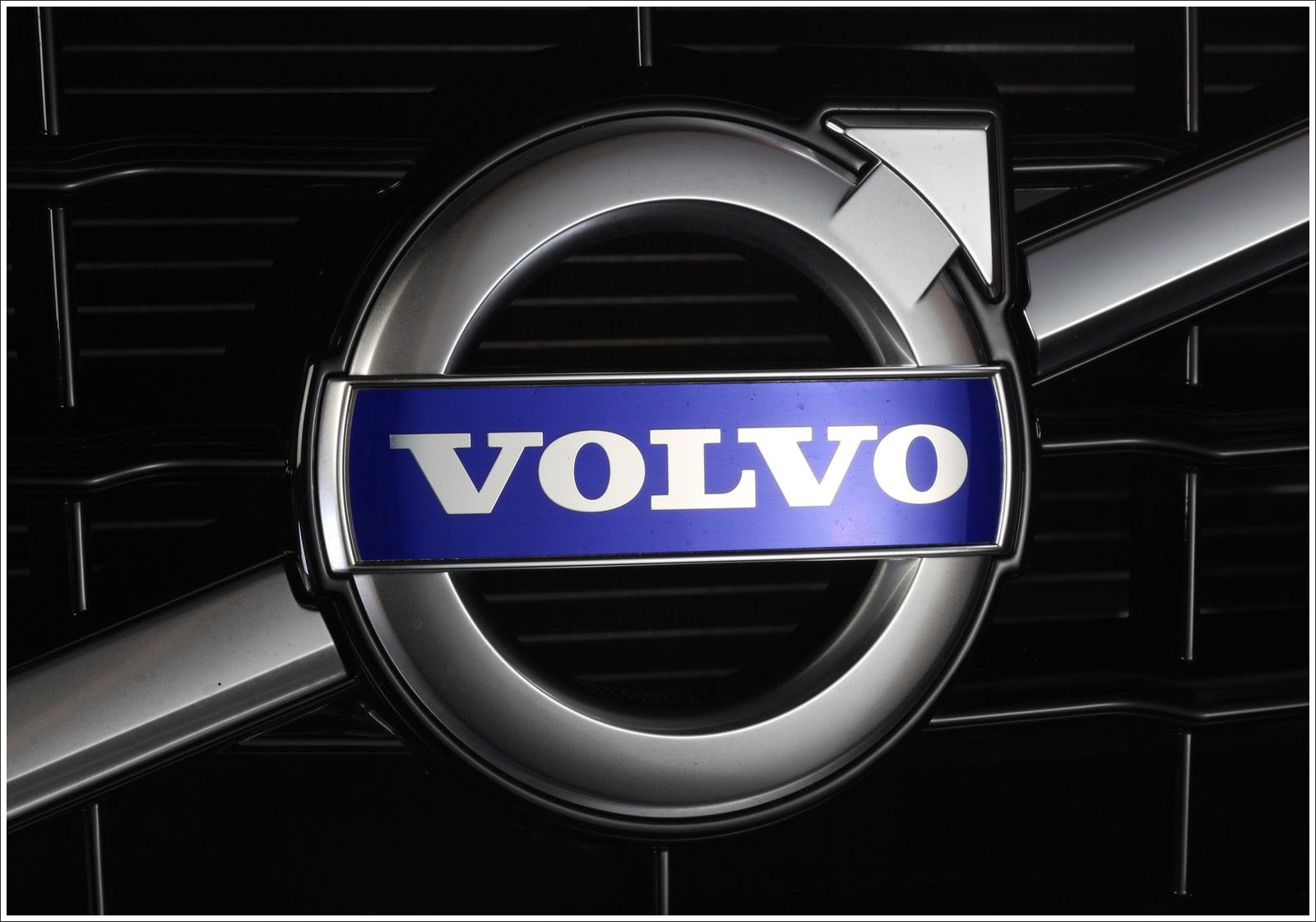 Image for Volvo Logo Muscle Cars Wallpapers Aros, Gorra