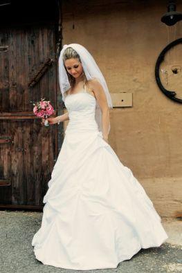 1800 Western Wedding Dresses