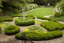 Boxwood Parterre Garden Designed By Howarddesignstudio Parterre Garden Landscape Design Gorgeous Gardens