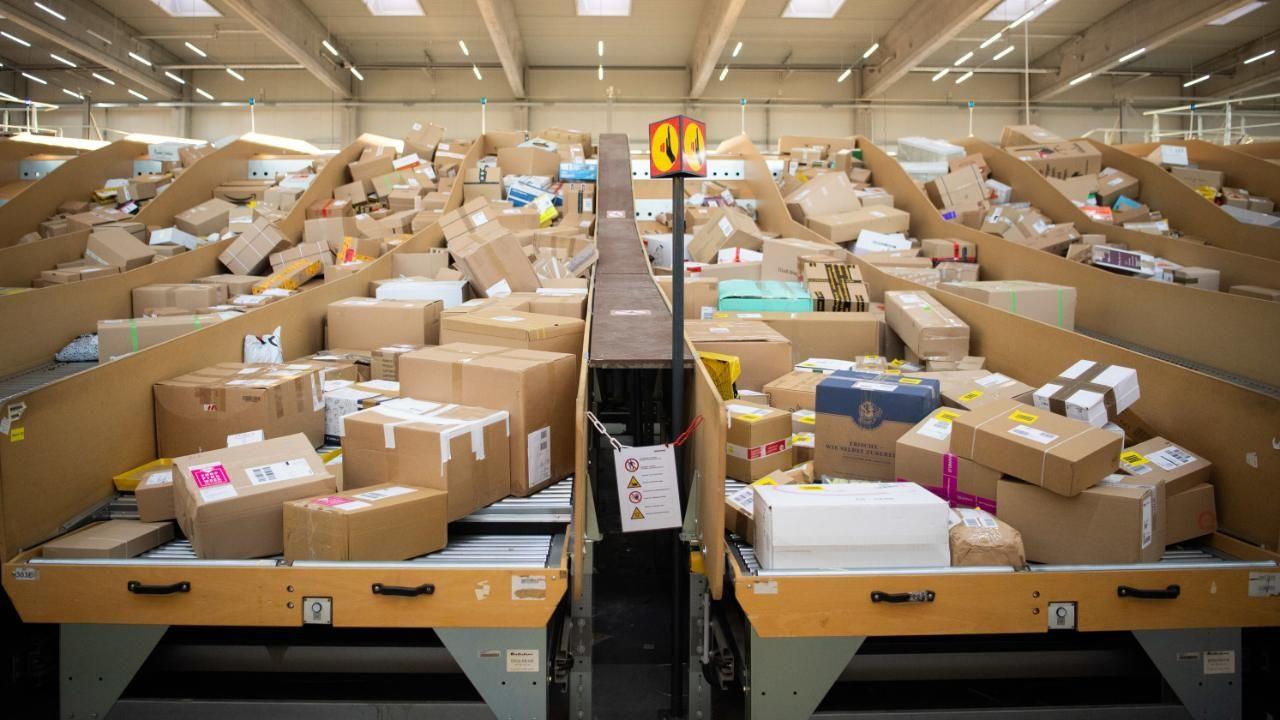 Deutsche Post PaketPreise zu hoch? Netzagentur leitet