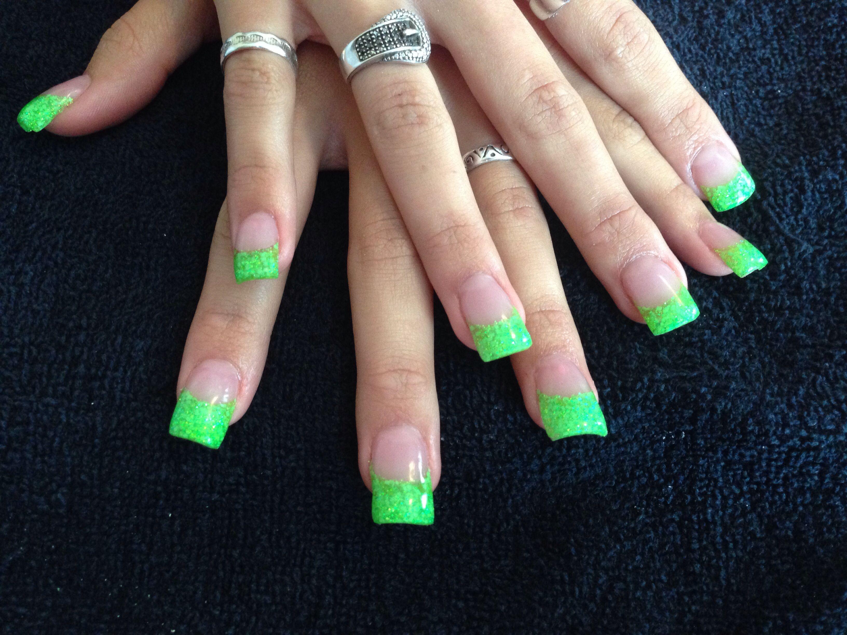 Green acrylic nails | my style | Pinterest