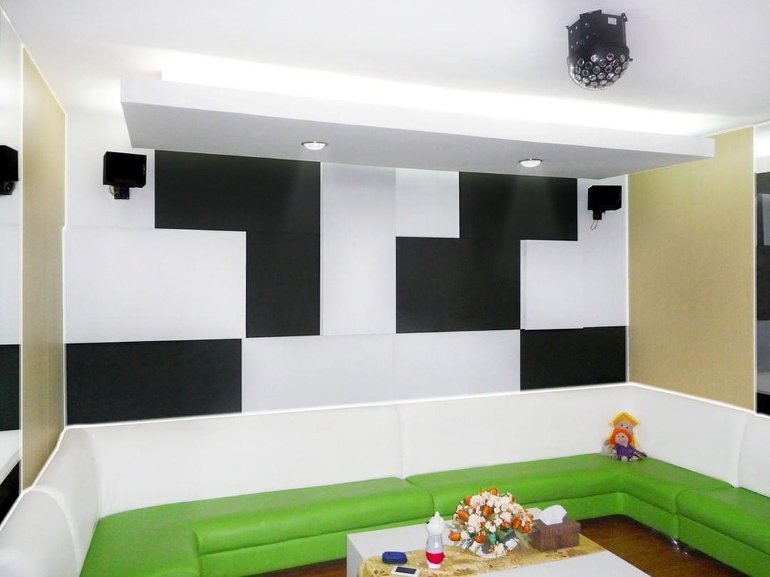 Vividstorm 100 Floor Rising Projection Screen For 4k 3d Uhd Ultra Short Throw Laser Projector Anda Berencana Me In 2020 Projection Screen Projector Projector Screen #projector #for #living #room #instead #of #tv