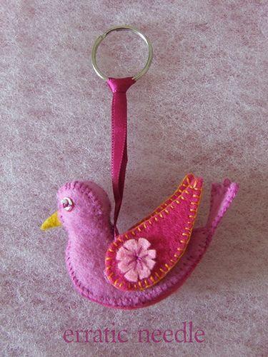 https://flic.kr/p/5dar5d | pink bird keyring
