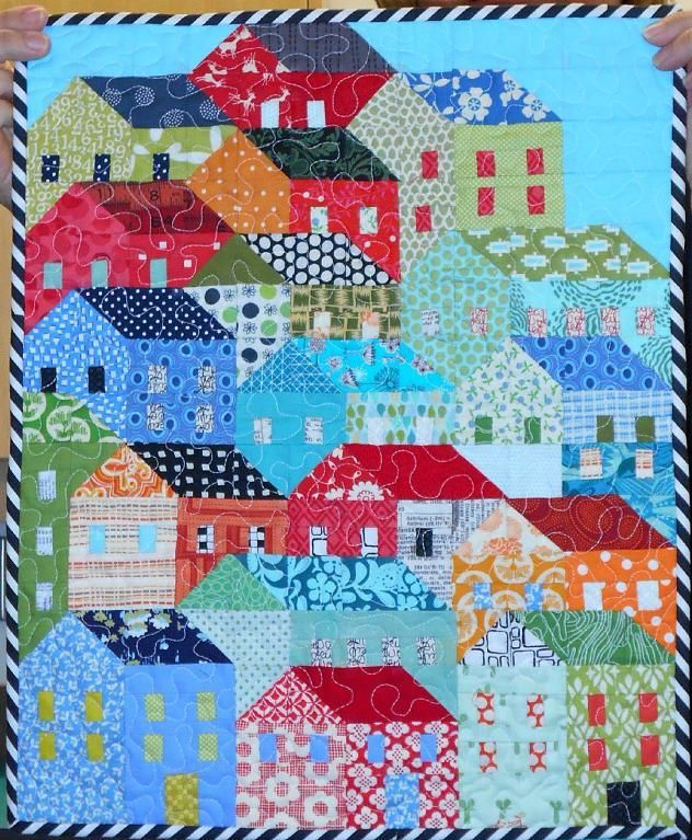 You have to see mini hillside houses quilt by happyfabric for Modern house quilt block