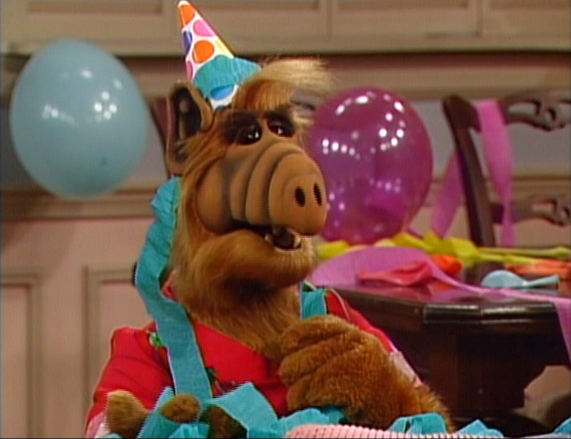 but the storyline is alf murders a dude and im suddenly not as interested in singing its praises - Alf Halloween Episode