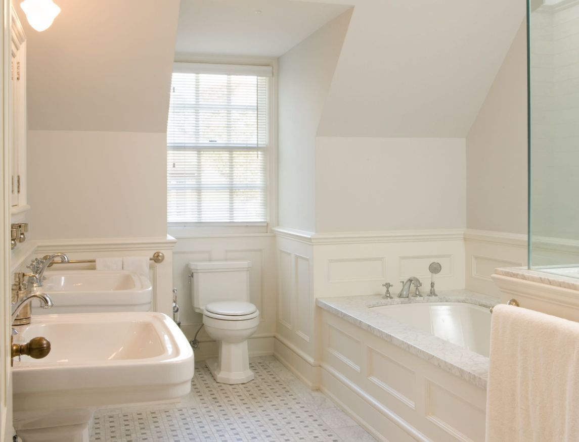 Bathroom Wainscoting   What It Is And How To Use It   Stil ...