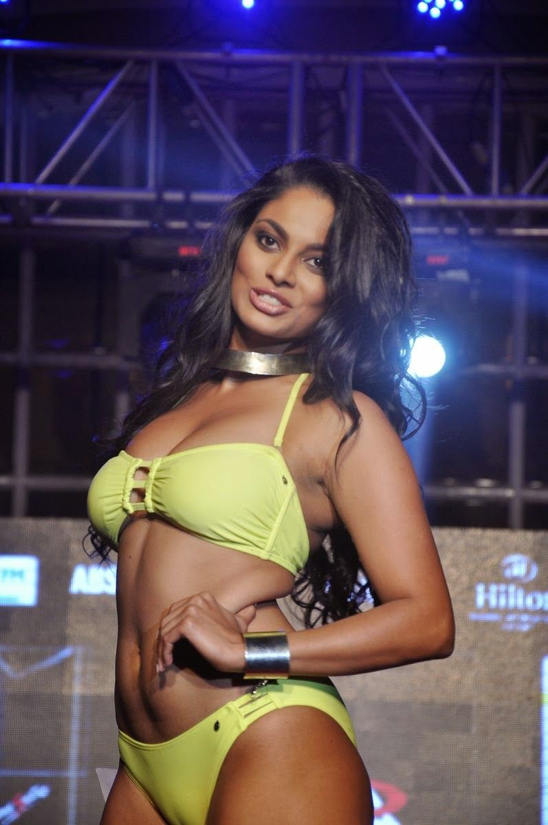 Fable Sexy Dusky Chandrika Ravi Hot Photoshoow-5250