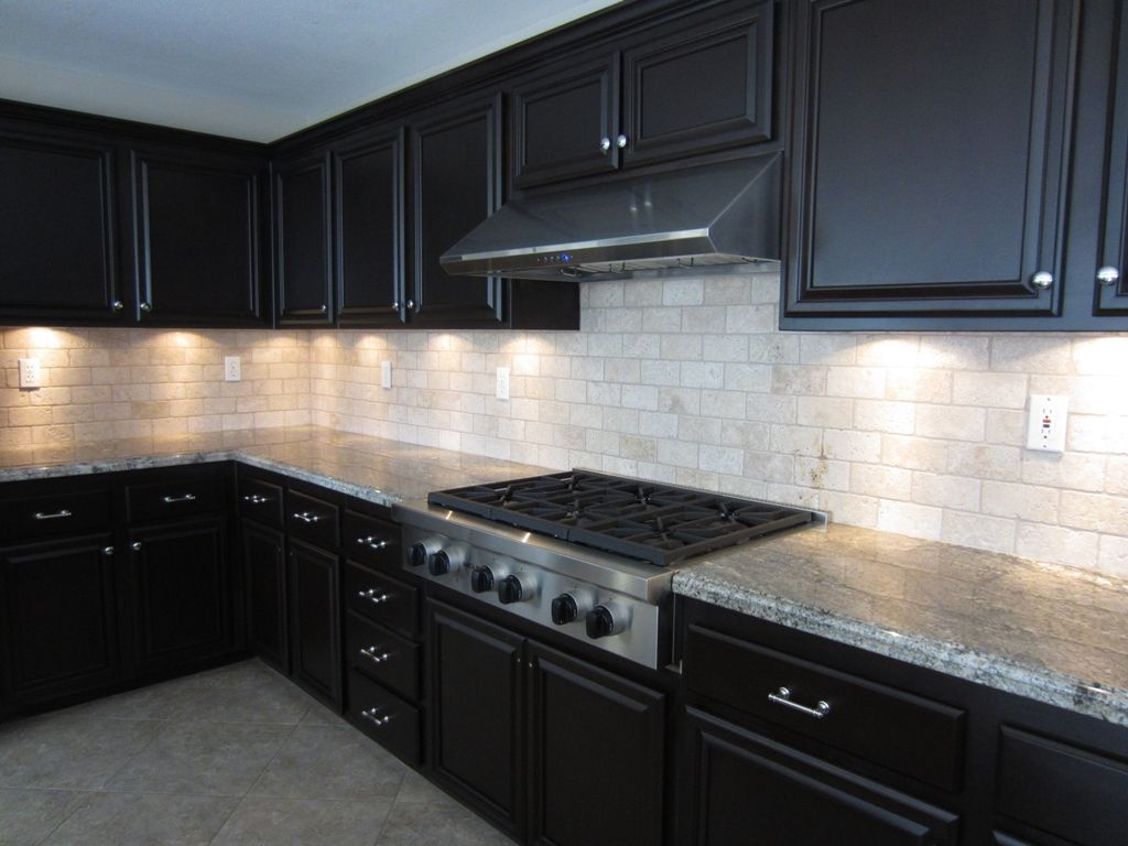 White glass tile backsplash with dark 1024 for Backsplash ideas with black cabinets