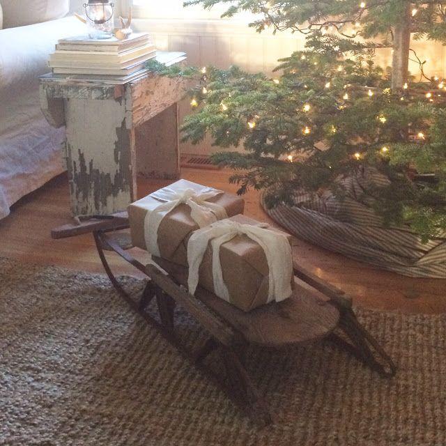 A Farmhouse Christmas Family Room... {bHome Christmas}