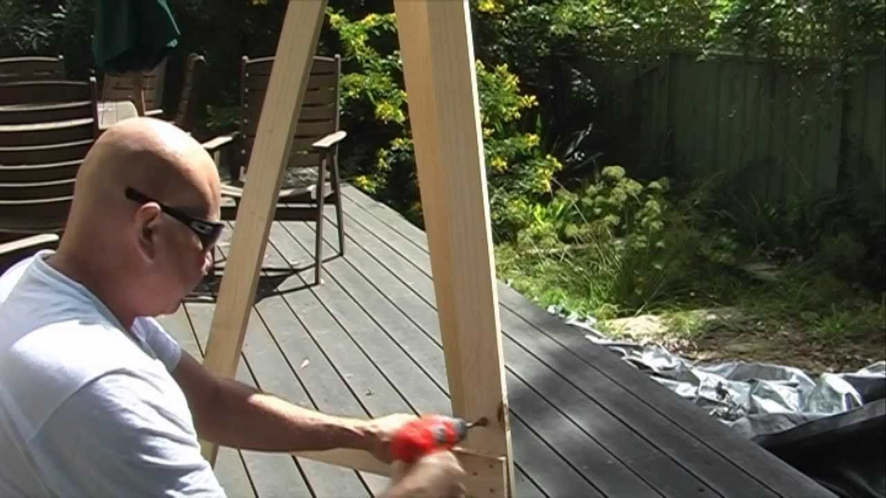 Easy Instructions For How To Build An Easel For Paintings