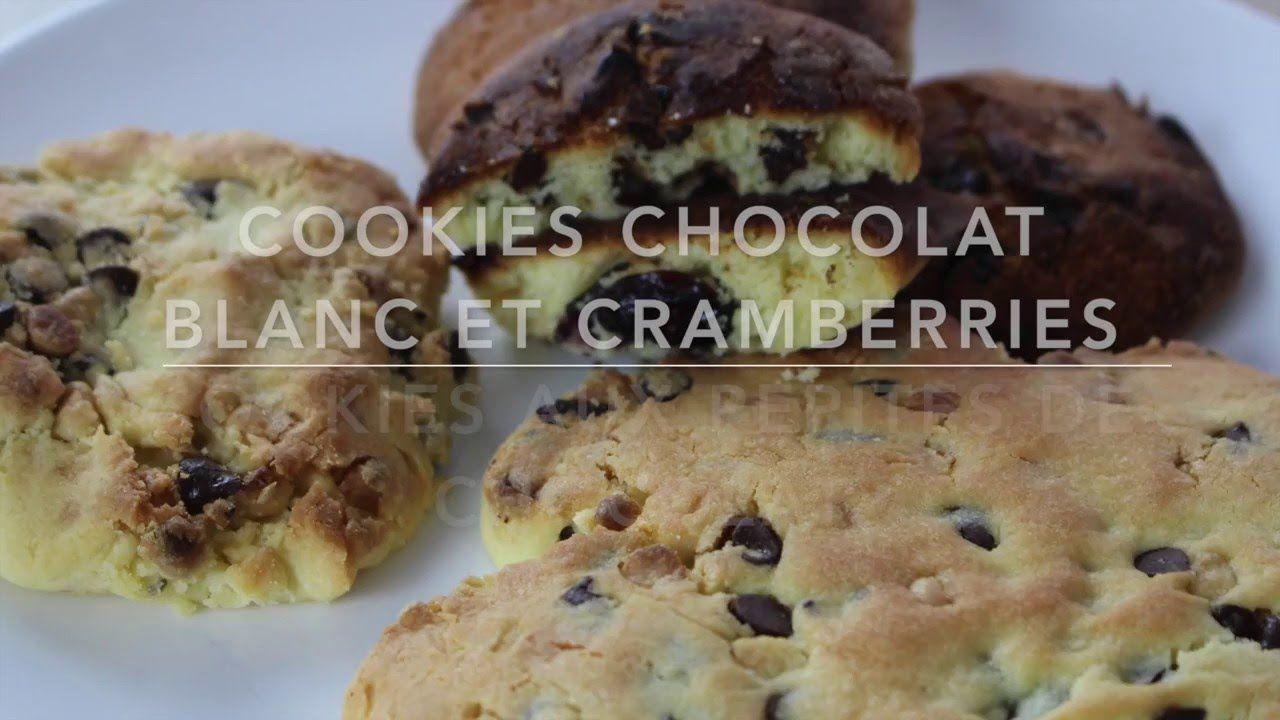 Cookies aux pépites de chocolat blanc et cranberries et pépites de choco...