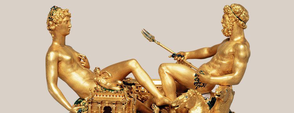 KUNSTKAMMER WIEN Más de 2.100 objetos preciosos que los Habsburgo recopilaron durante siglos se exhiben en la Kunstkammer de Viena, una de las cámaras de arte más importantes del mundo. Los emperadores de la dinastía de los Habsburgo - especialmente Rodolfo II - fueron unos diligentes coleccionistas de los tesoros que actualmente se exhiben en el Kunsthistorisches Museum de Viena. La pieza central de la colección es el precioso salero de Benvenuto Cellini, o Saliera, creado a mediados del s…