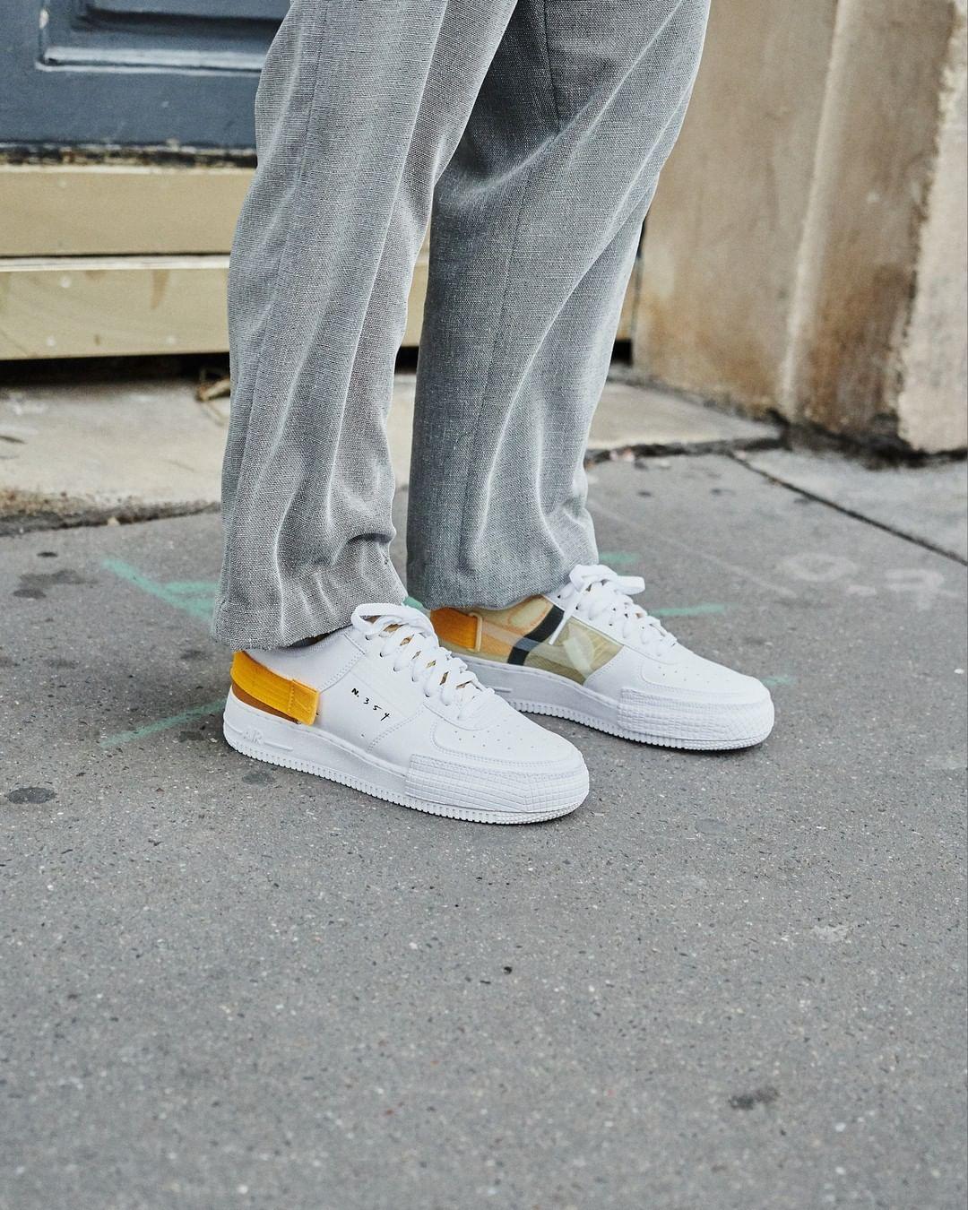 Air Force 1 Drop Type White Gold Yellow en 2020 Nike air