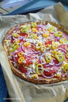 Photo of (Magic Low Carb) Unglaublich krosse Pizza mit Chorizo, Paprika und roten Zwiebeln. Aber ohne Mehl. – GourmetGuerilla´s Foxy Food