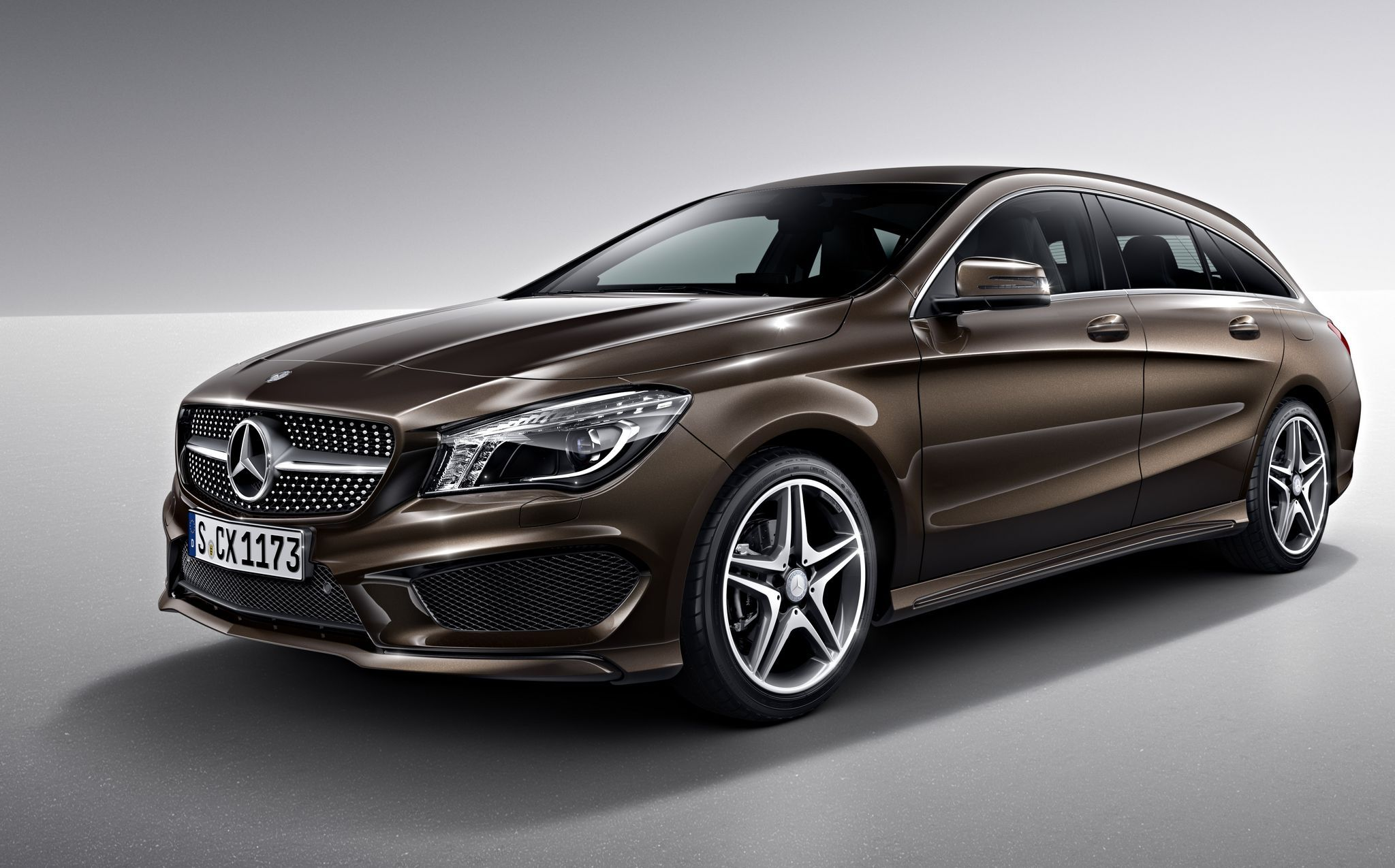 zo ziet de mercedes cla shooting brake er als amg line uit. Black Bedroom Furniture Sets. Home Design Ideas