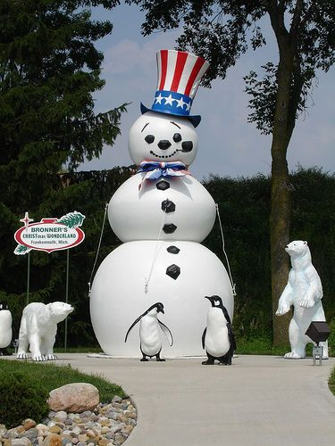 Patriotic Snowman at Bronner's, Frankenmuth MI   Flickr - Photo ...