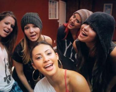 Selena Gomez, ¡nuevo video bailando con sus BFF!