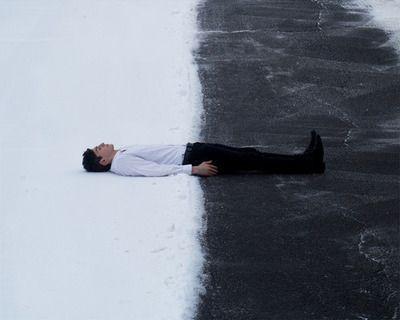 Imagem de black, white, and snow