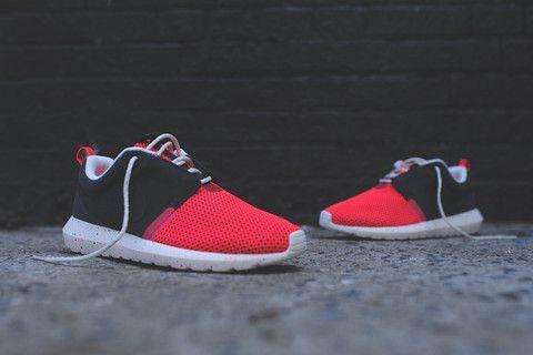 Nike Roshe Run NM Breeze - Black / Red | Kith NYC